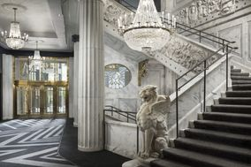 The Candler Hotel Atlanta Curio Collection by Hilton