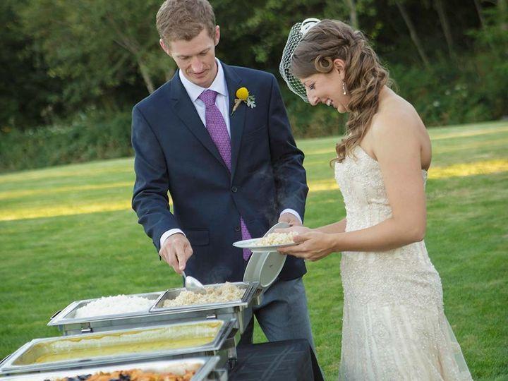 catering bride groom
