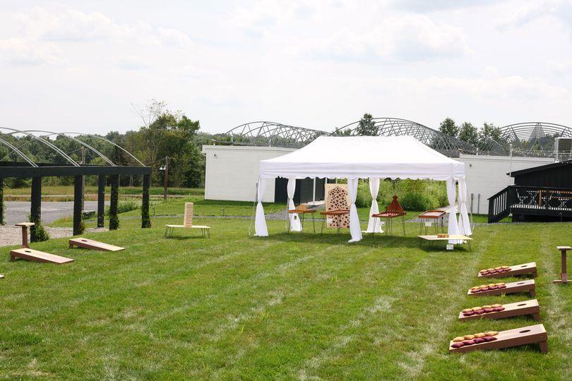 Game Rentals w Tent & Cornhole