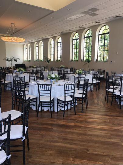 Seated dinner in ballroom