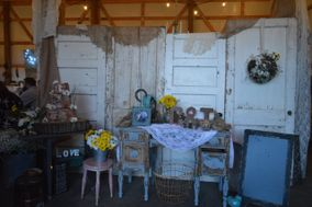 JunkLove This & That Vintage Rentals