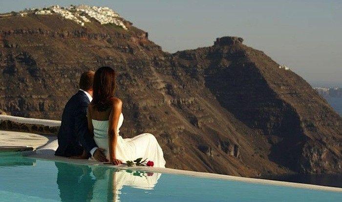 greek islands top honeymoon destination