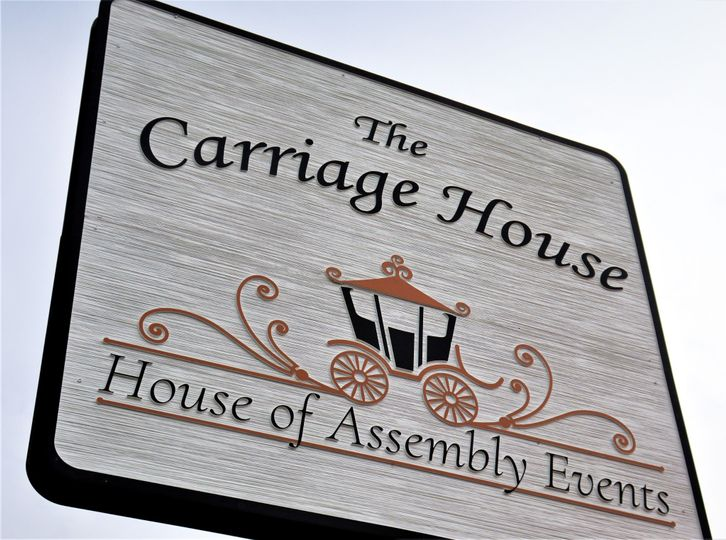 Carriage House street sign