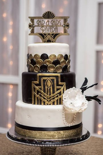 Great gatsby wedding cake design