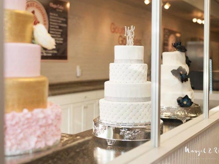 Tmx 1531019447 1c5aa458bd985c2b 1531019447 35622f4ab7aa7a3d 1531019448347 6 Wedding Event Pics Winter Haven wedding cake