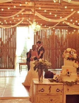 Tmx 1531019463 E16360c1dabfcdd8 1531019463 D3d62e14ef11dc01 1531019464438 7 Wedding Photo For  Winter Haven wedding cake