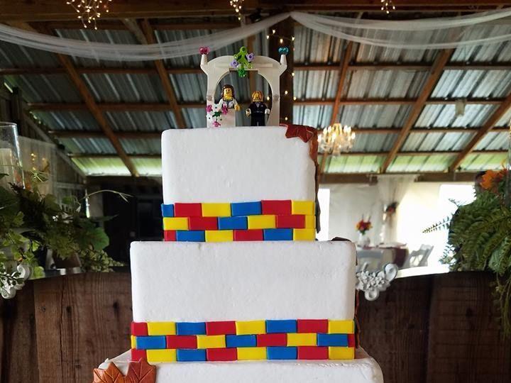 Tmx 1531019581 De10b123ca1761b2 1531019581 A051ad94ad91a899 1531019582234 10 Lego Cake Winter Haven wedding cake