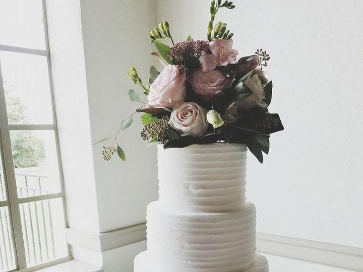 Tmx 1531019779 F6f8cc44ed853da7 1531019778 02baa735d5f2db16 1531019779901 21 Texture Buttercre Winter Haven wedding cake