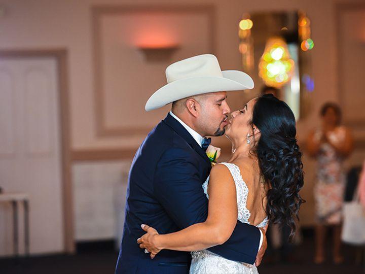 Tmx 37 51 999723 160229461548106 Mundelein, IL wedding photography