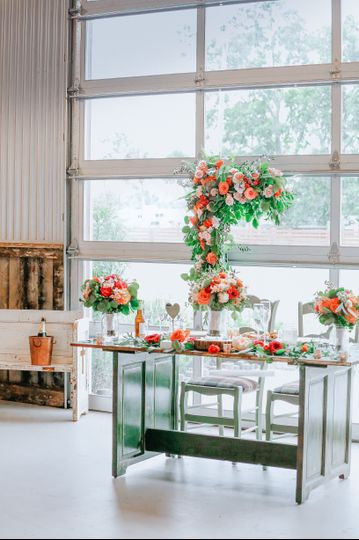 A romantic sweetheart table