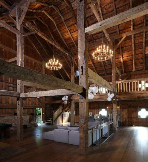 Triple height barn