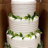 Plant decorated wedding cake