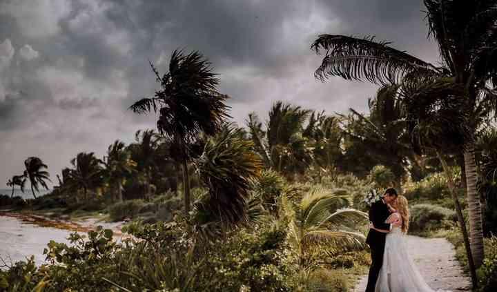 Modern Vacations & Destination Weddings