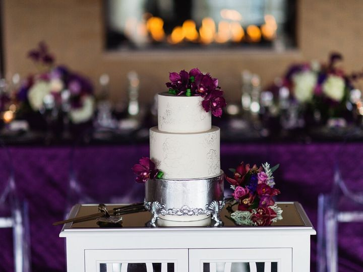 Tmx 1515709419 3feec1d51df8ebda 1515709417 8fe342ac3db5026b 1515709714573 18 Stylized 150 Prev Overland Park, KS wedding venue