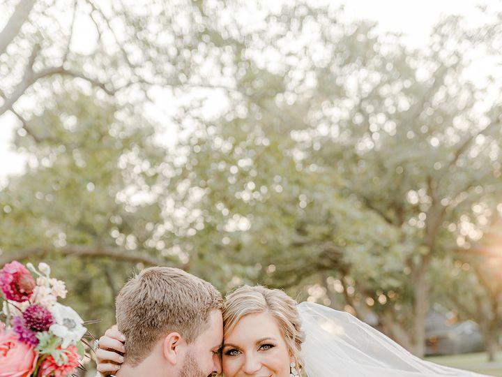 Tmx 20103christinekevinwed1017 Websize 51 1994823 160332362055795 Houston, TX wedding florist