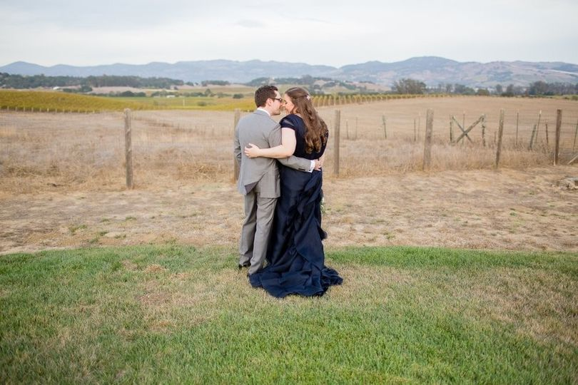 Kissing in the field