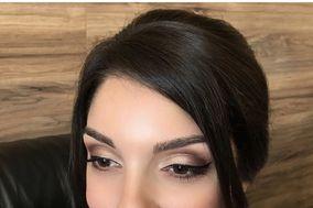 Makeup by Artsyandpettite