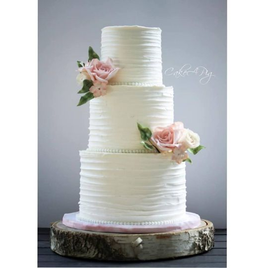 Buttercream cake with edible f