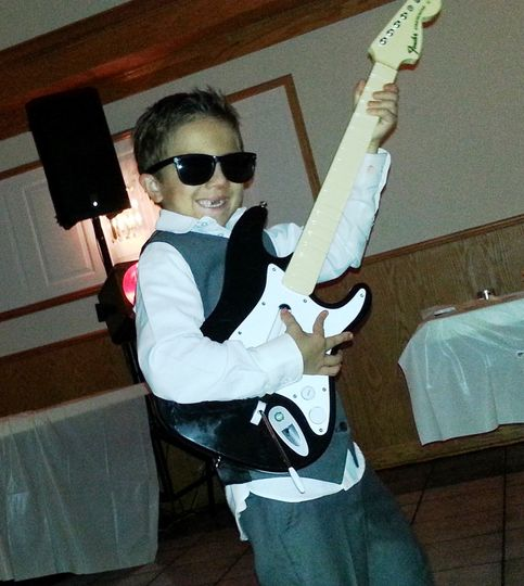 Zac 'Bob' is rockin'!  No autographs, please.