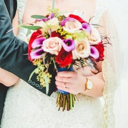 Bridal bouquet designed by L.A. Flowers, Inc.   Whitetail Ridge Golf Club Wedding in Yorkville,...