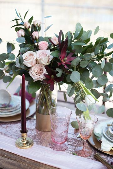 Wedding Reception Centerpiece designed by L.A. Flowers, Inc.   Beautiful photo taken by Brooke...