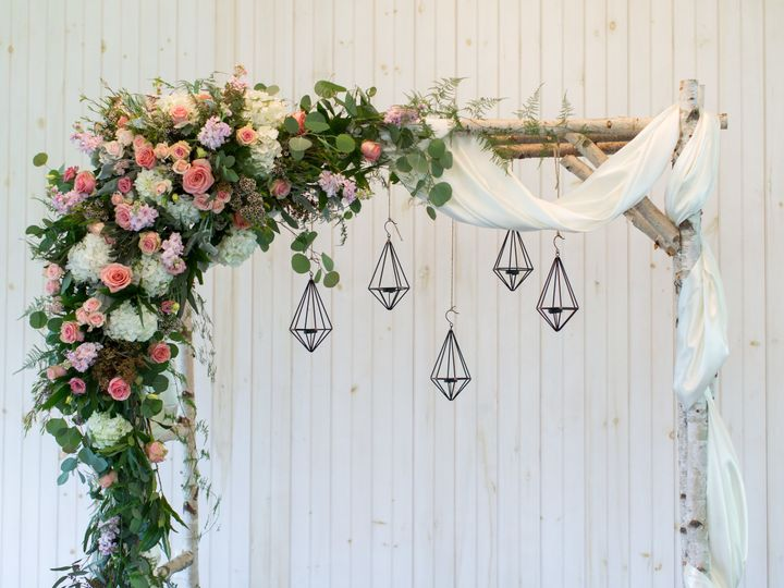 Tmx 1515458953 375053b5ac6cdcc0 1515458948 28235c1ccd58ce92 1515458946762 2 BETHANY JOSH WEDDI Myerstown, PA wedding florist