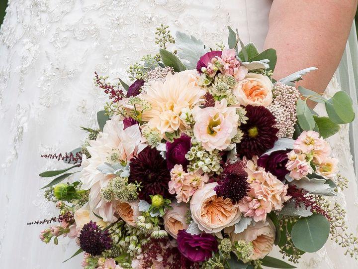 Tmx 1515459595 9bb3efb864b3de6e 1515459594 3994b2bb60cf9b10 1515459593952 1 Crop1 Myerstown, PA wedding florist