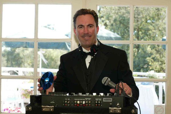 Perry's Mobile Disc Jockey