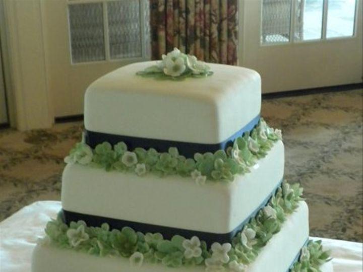 Tmx 1289996941873 379754666460973286839998232864606118217069n Brookfield wedding cake