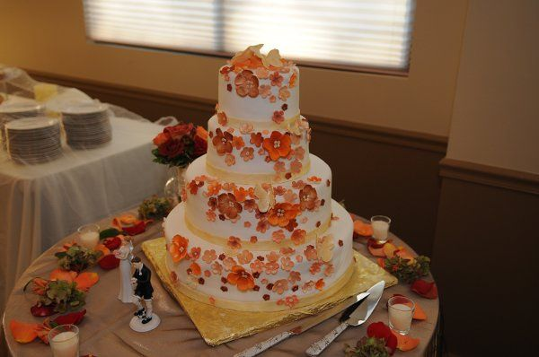Tmx 1296661077731 0707 Brookfield wedding cake