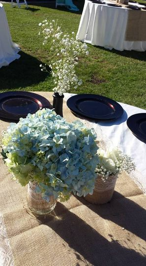 Table setup with floralcenterpiece