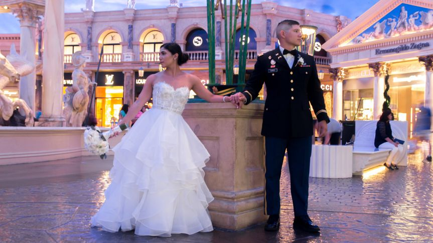 We love our military couples!