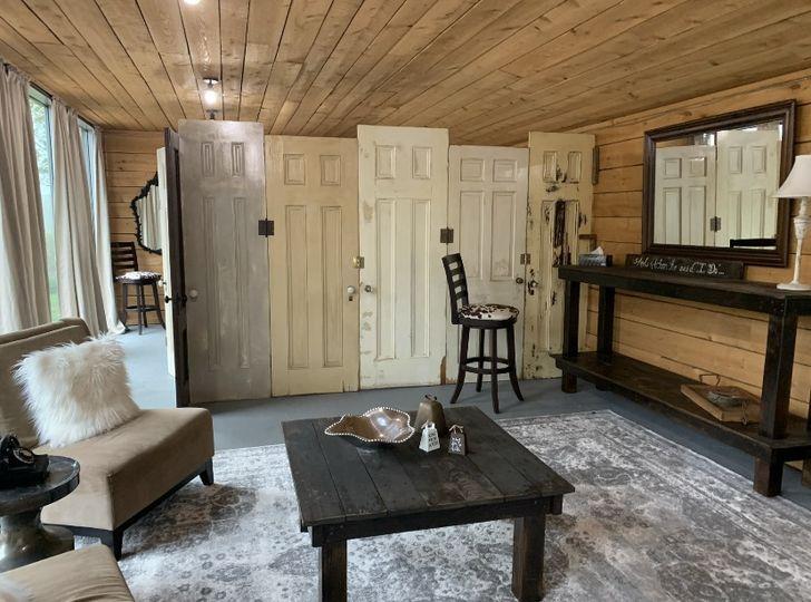 Bridal Barn Suite