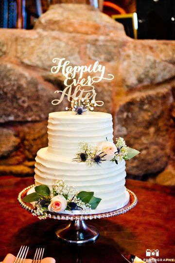 vg donut and bakery wedding cake california san diego la jolla