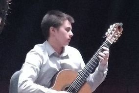 Classical Guitarist - Ashley Nalley