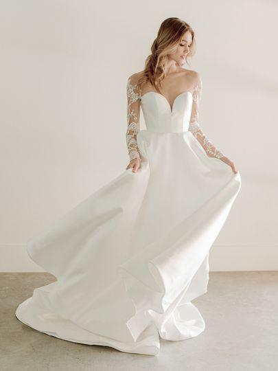 The Amalia Gown