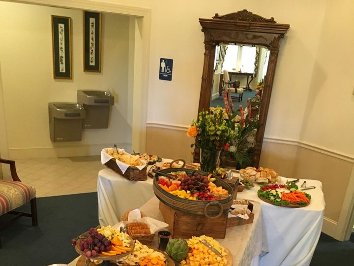 Tmx Cc5b917e 2ba9 4ca5 9271 D51d8a61b34d 51 1865033 1568363602 Lynchburg, VA wedding catering