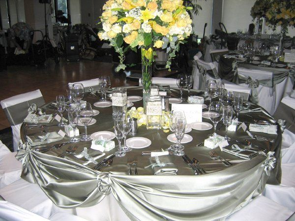 800x800 1268435553663 silvertablesetting