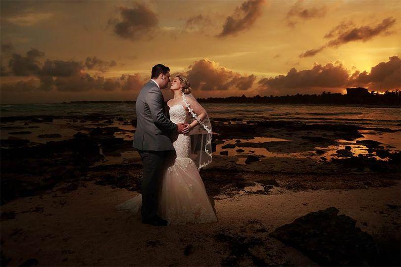 weddings couple 200 51 567033