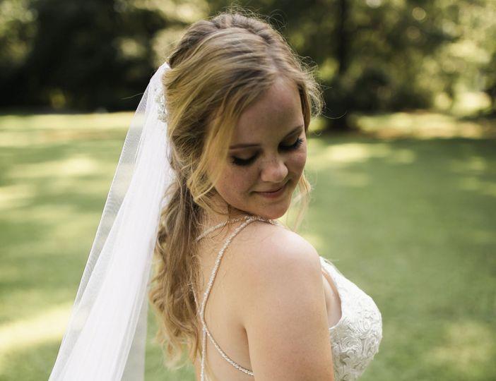 Wedding makeup with false lashes