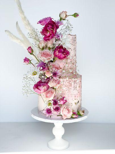 Buttercream Stencil + Florals