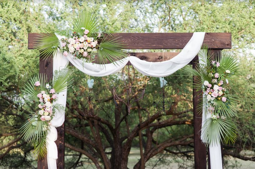 Arch and decor