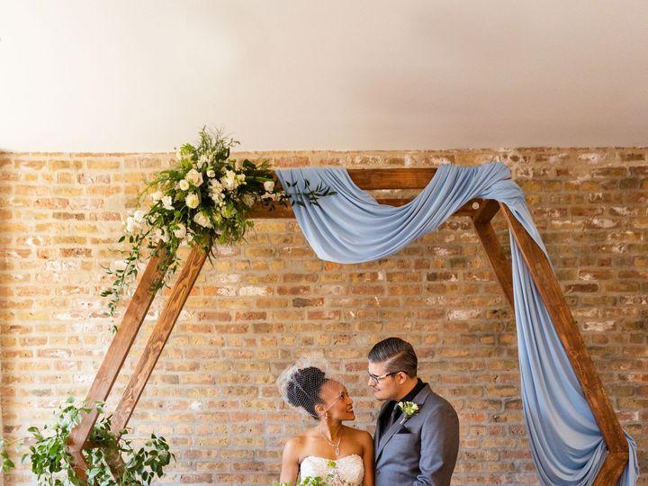 Tmx Castyledshoot 117 51 1022133 1571867072 Lake Zurich, Illinois wedding planner