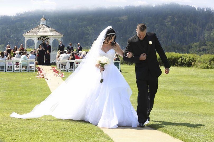f5077da429db4199 1515514996 d0deb9dc445e7bc0 1515514991607 2 wedding wire 26