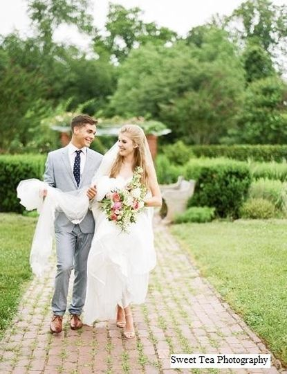 sweet tea photography bride and groom brick walk