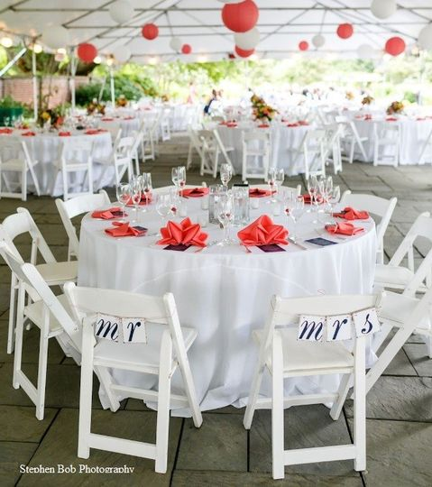 Our patio is the perfect place to incorporate your favorite colors into your event!