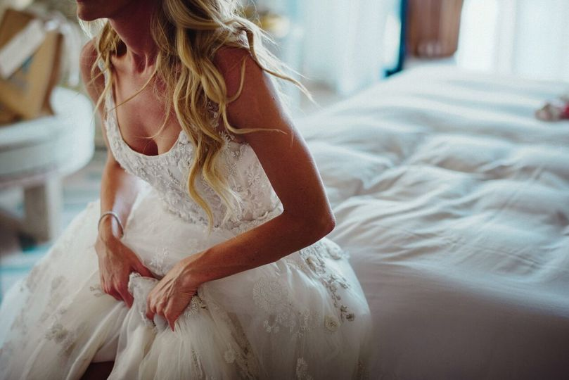 Our beautiful bride getting ready for her Cabo weddingPhotography Credit: Fer Juaristi