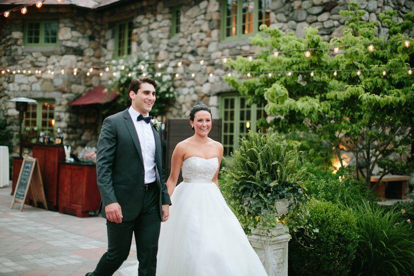 bride groom courtyard bar