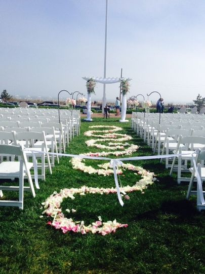 Beautiful outdoor wedding setup