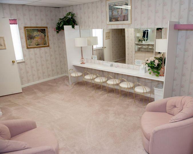 Bridesmaids Suite